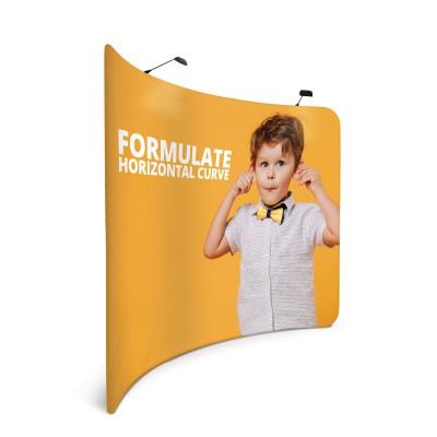 Horizontálně zahnutá textilní stěna - Formulate